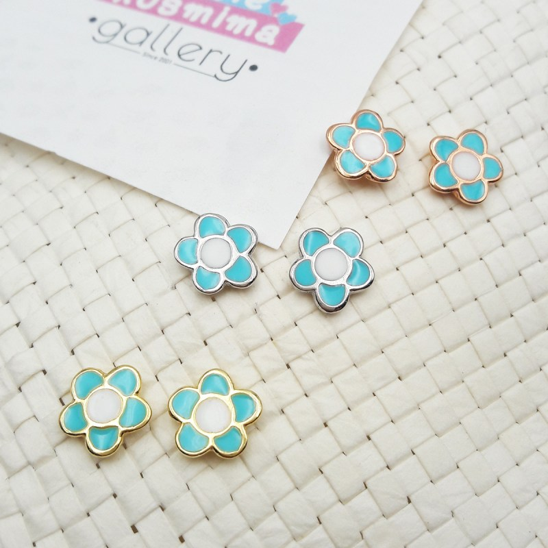 flower earrings light blue